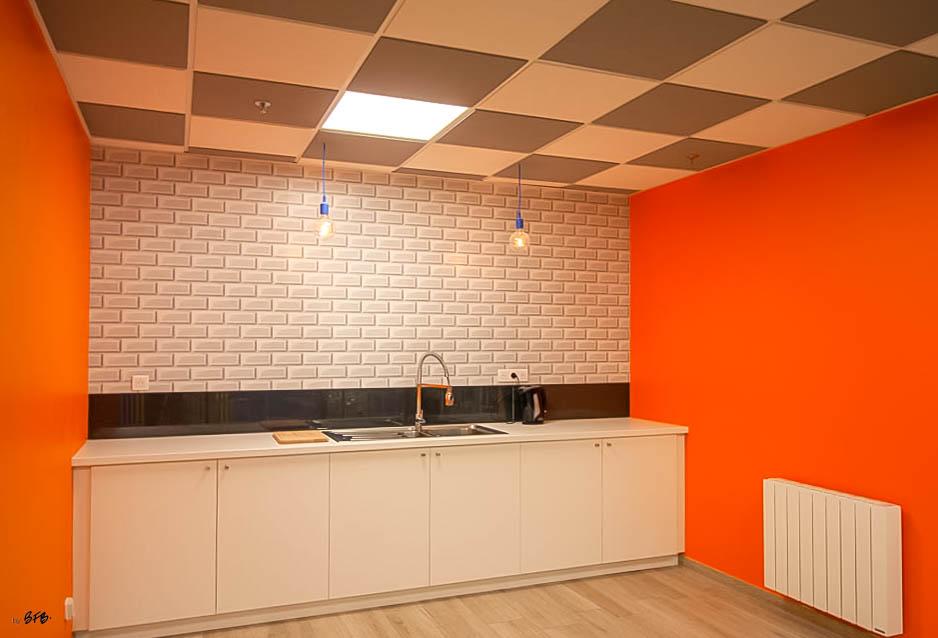 Aménagement et décoration Salle de Pause en agroalimentaire - Agence BFB Lorient, ïle de Ré - salle restauration Pontivy - - Espace cuisine, salle de restauration Pontivy