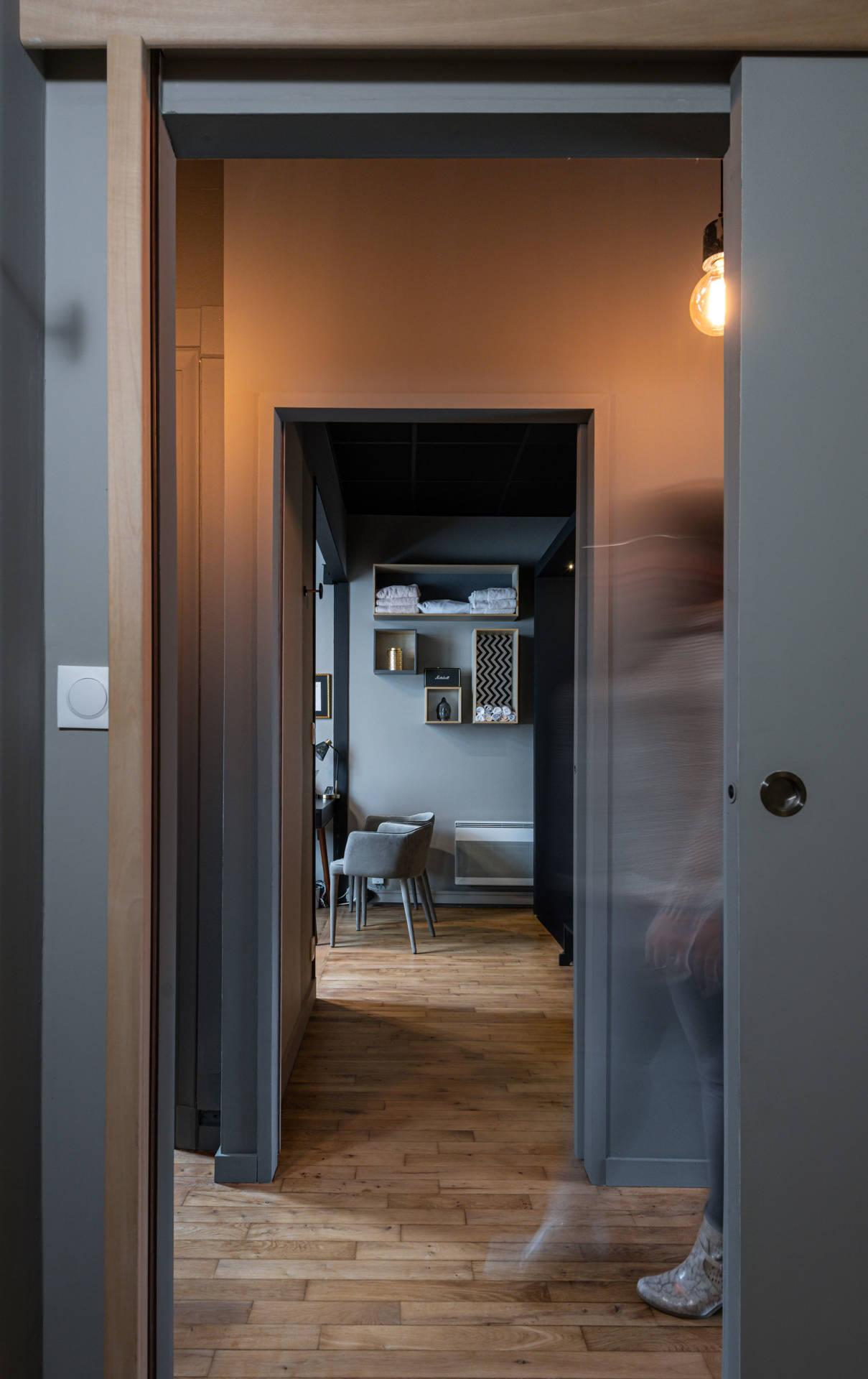 Ambiance et rénovation pour un institut de beauté à Lorient, Agence BFB Lorient et Ile de Ré, bureau en perspective My Luxo