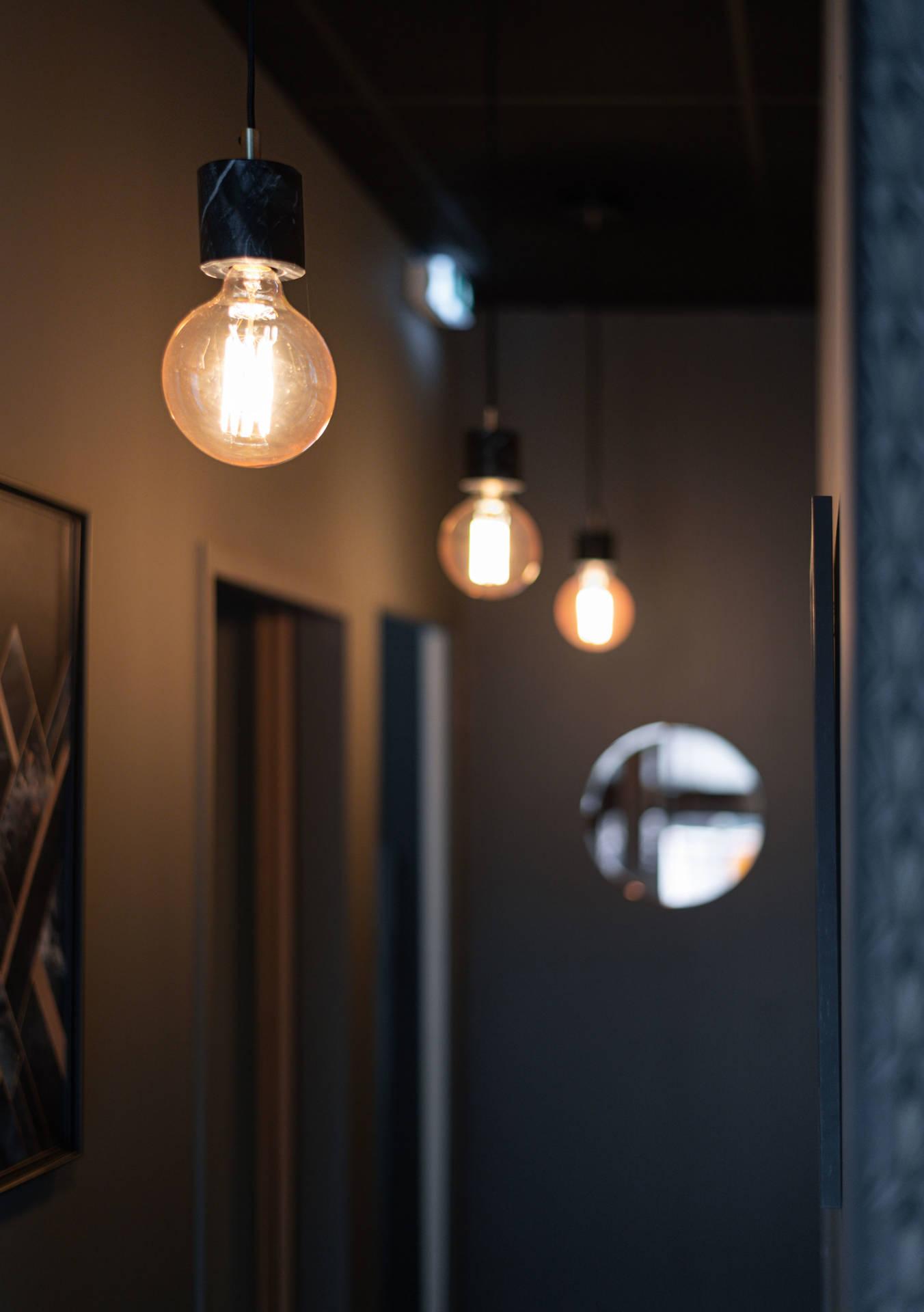 Ambiance et rénovation pour un institut de beauté à Lorient, Agence BFB Lorient et Ile de Ré, Suspension marbre My Luxo