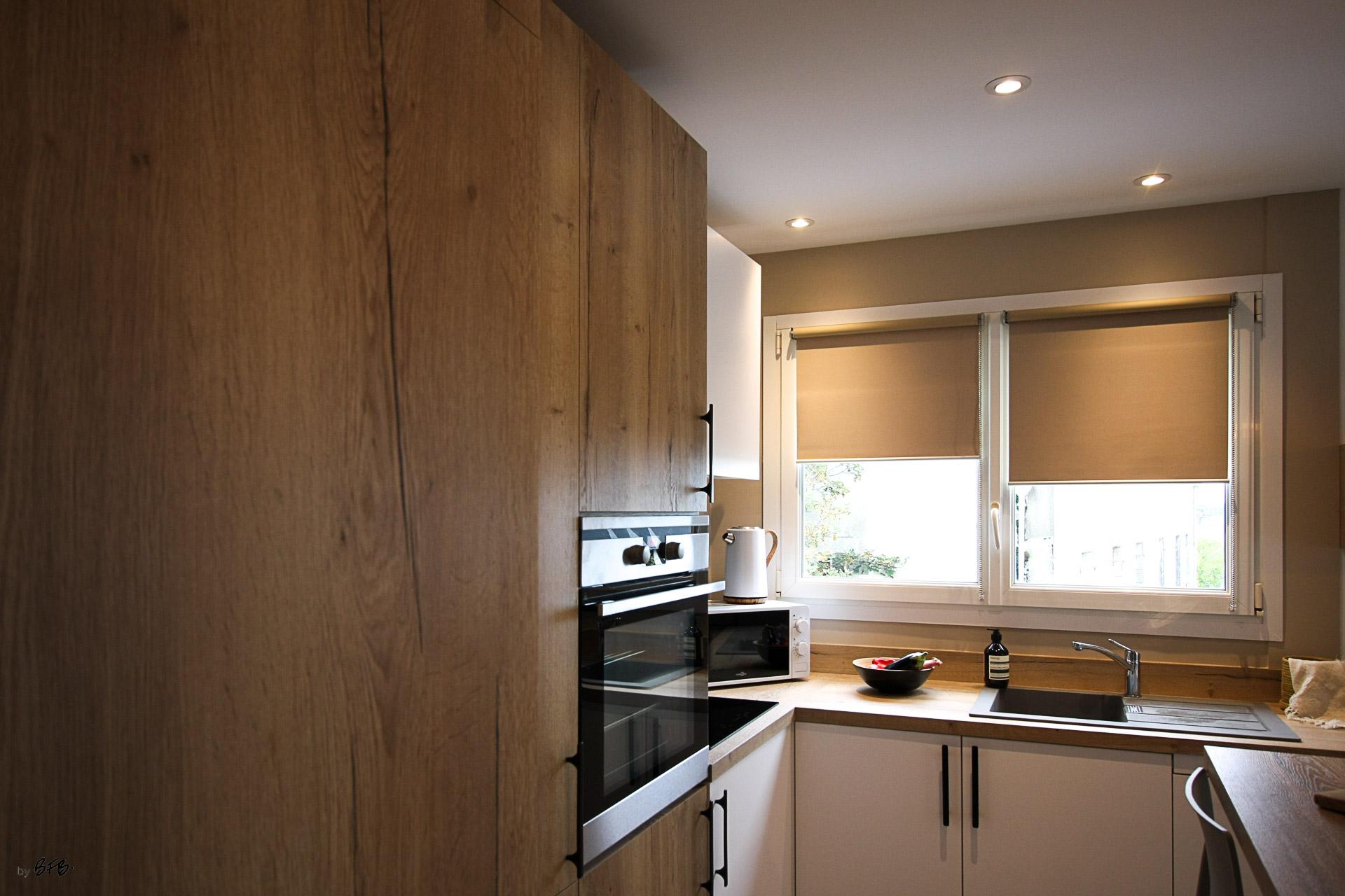 Rénovation appartement Ploemeur by Agence BFB Morbihan et Ile de Ré, cuisine sur-mesure