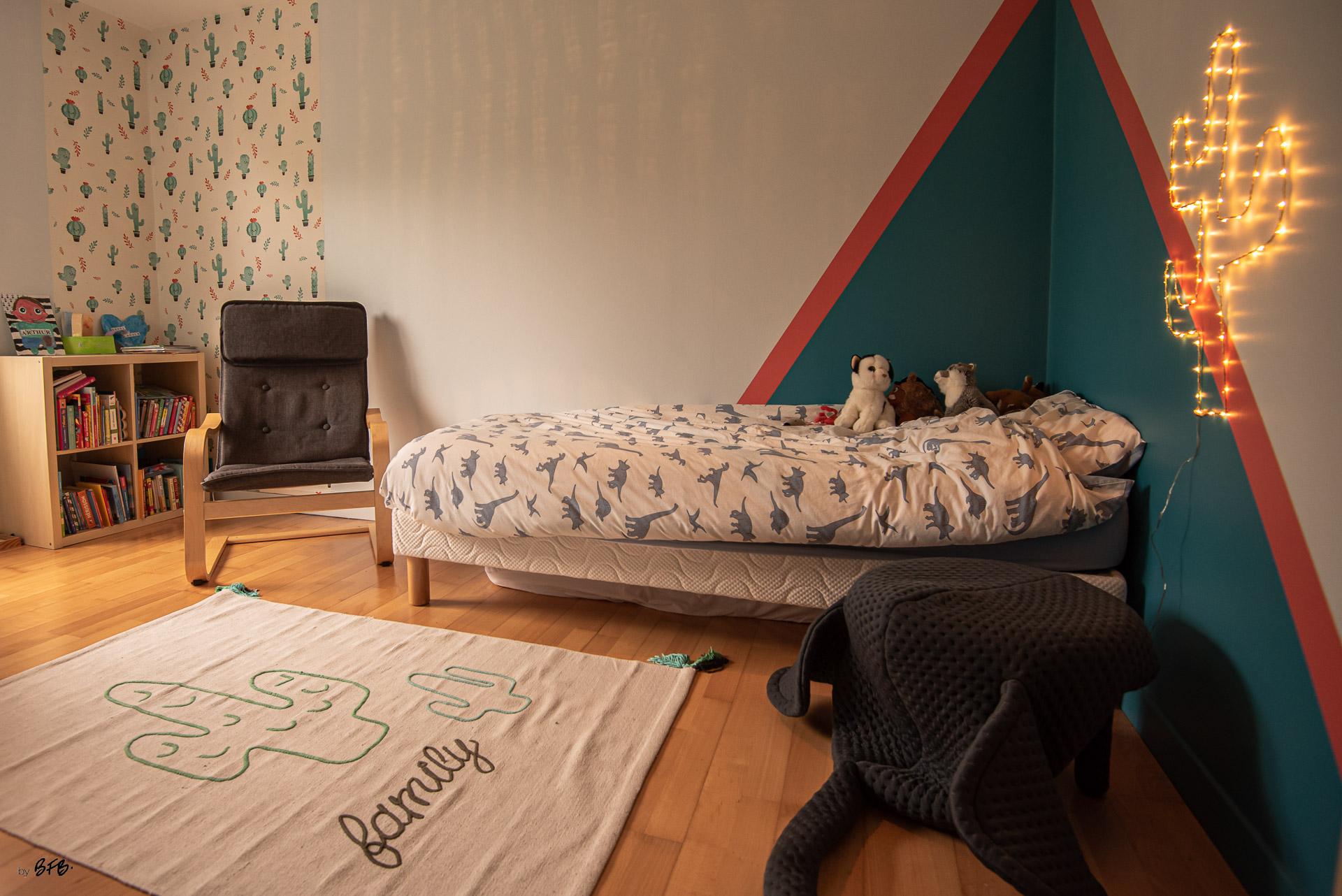 Création ambiance, rénovation, extension, maison à Brest, by Agence BFB Morbihan & Ile de Ré, chambre petit garçon et sa tente peinte sur le mur