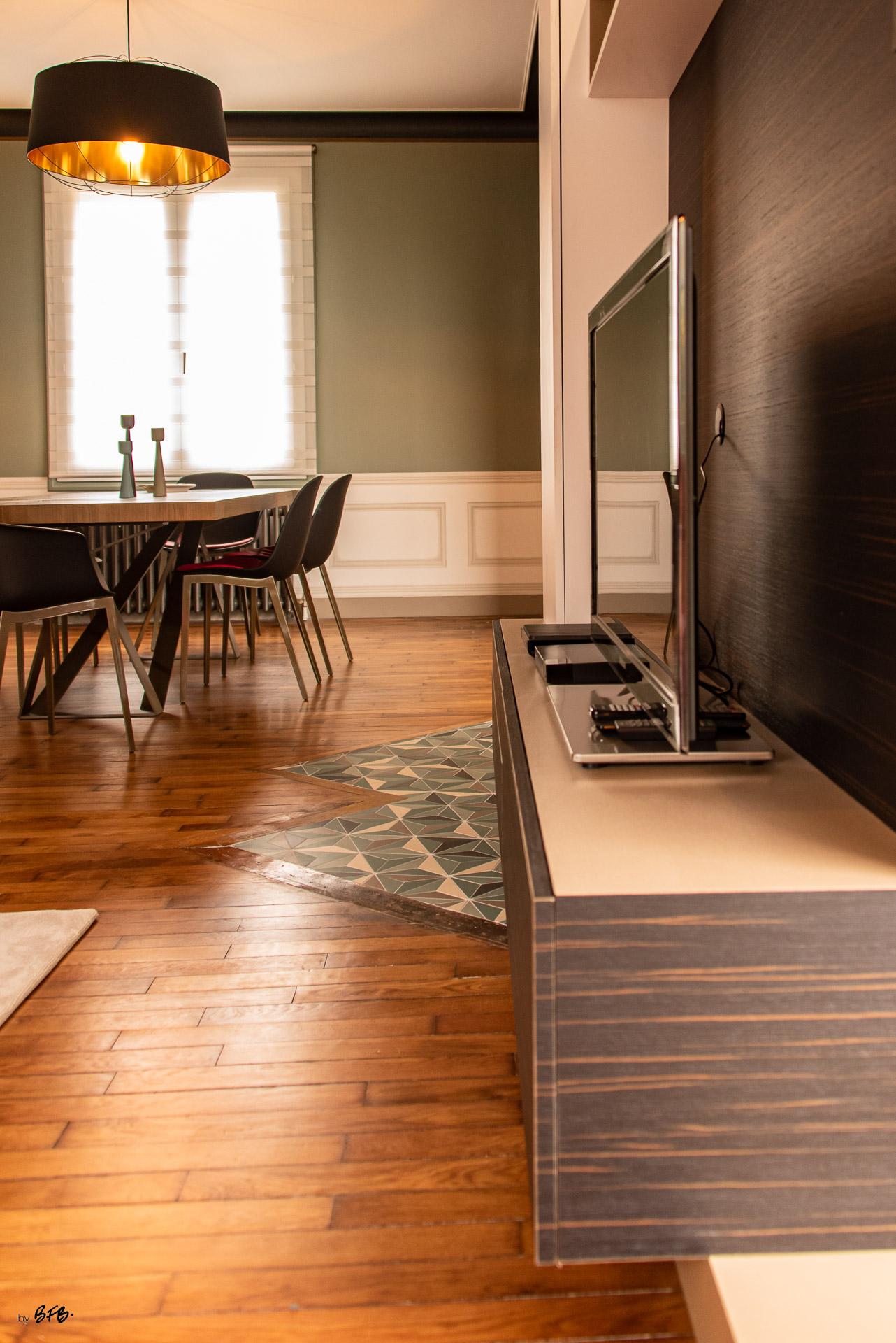 Création ambiance, rénovation, extension, maison à Brest, by Agence BFB Morbihan & Ile de Ré, meuble désigné par l'Agence, comme suspendu